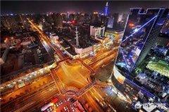 西安旅游:去西安旅游,西安的晚上怎么嗨?夜游西安最有趣的玩法是什么?