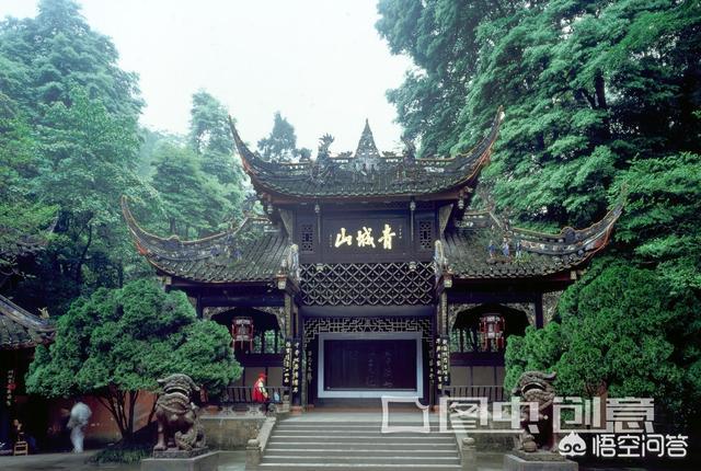 有没有到云南、贵州和四川的旅游攻略?