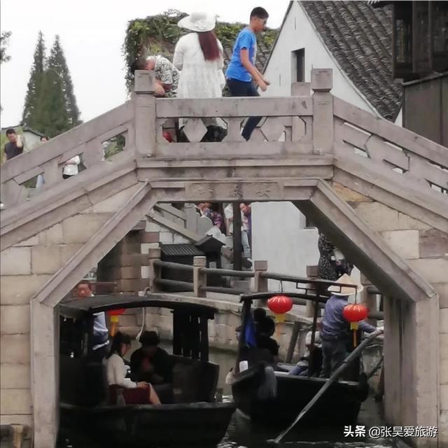 西塘的住宿大概多少钱一晚啊,在古镇里面有什么值得去玩的呢?亲?