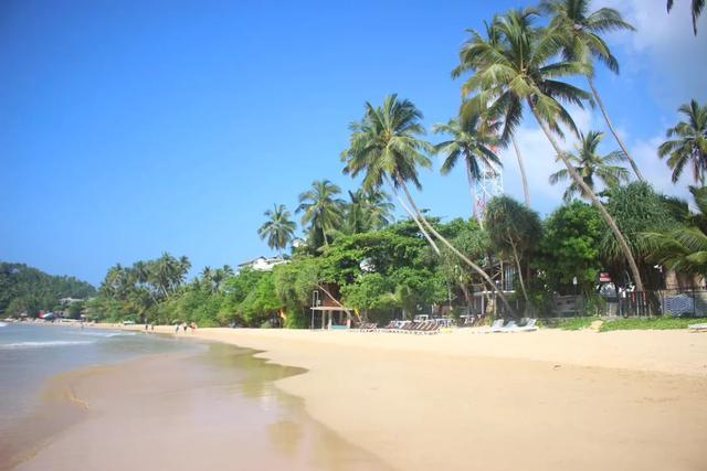 去海边玩哪里好玩?