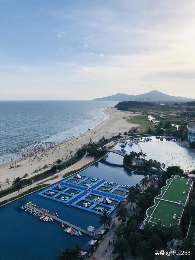 想请教一下大家,广东或者广西哪个海滩好玩,但一定不要各种坑人套路的,推荐一下呗?